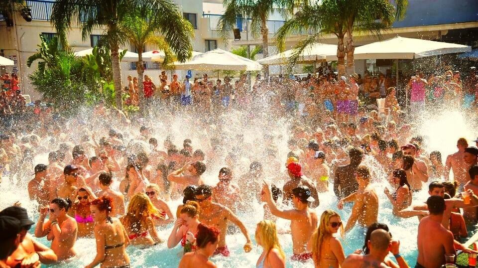 Вечеринки Айя-Напа: Kandi Beach Party