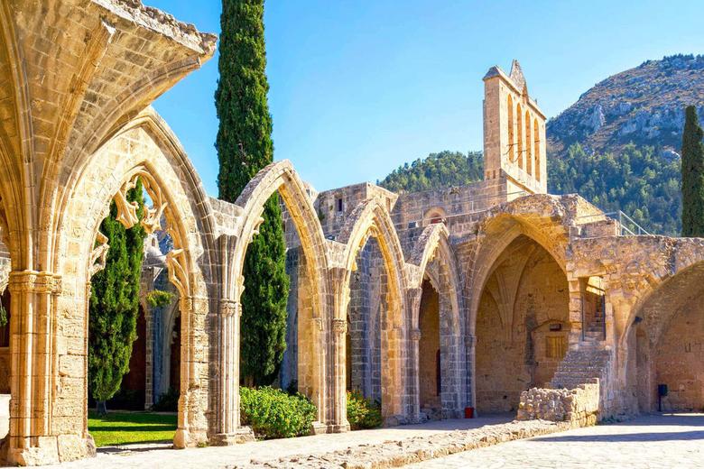 Изображение Аббатства Беллапаис на Северном Кипре. Блог ProCyprus